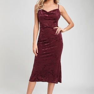 Noelle Burgundy Burnout Velvet Midi Dress